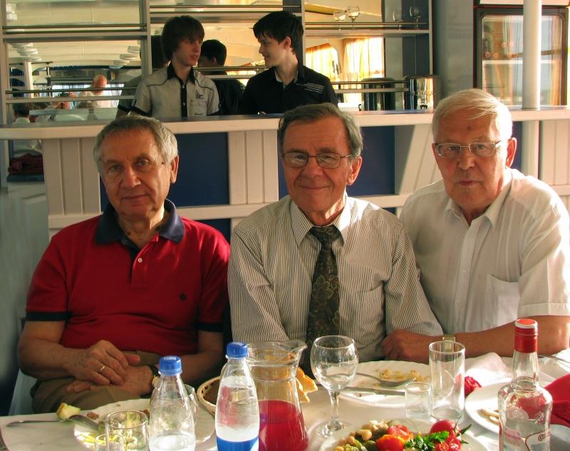 Конференция в Самаре. В.А. Виттих, В.Е. Котов, В.Ф. Меньщиков