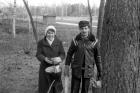 Л. Черкасова и  А. Быстров на субботнике